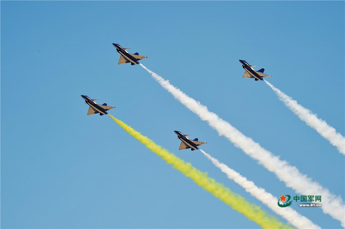 在祖国蓝天之上续写更多的航空传奇