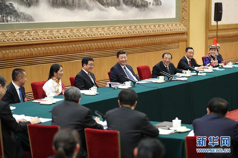 3月7日,中共中央总书记、国家主席、中央军委主席习近平参加十三届全国人大二次会议甘肃代表团的审议